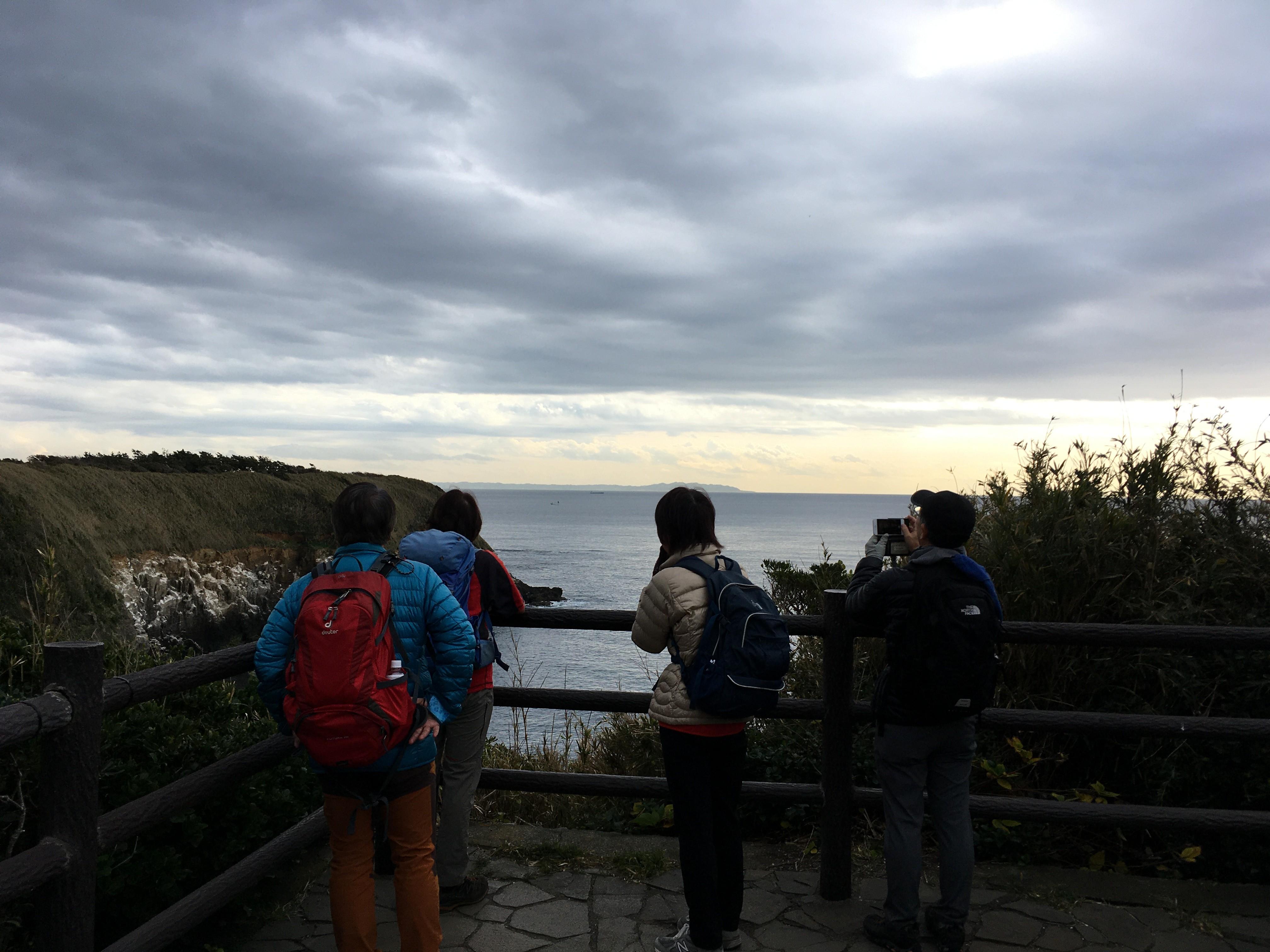 城ヶ島ハイキングコースウミウ展望台