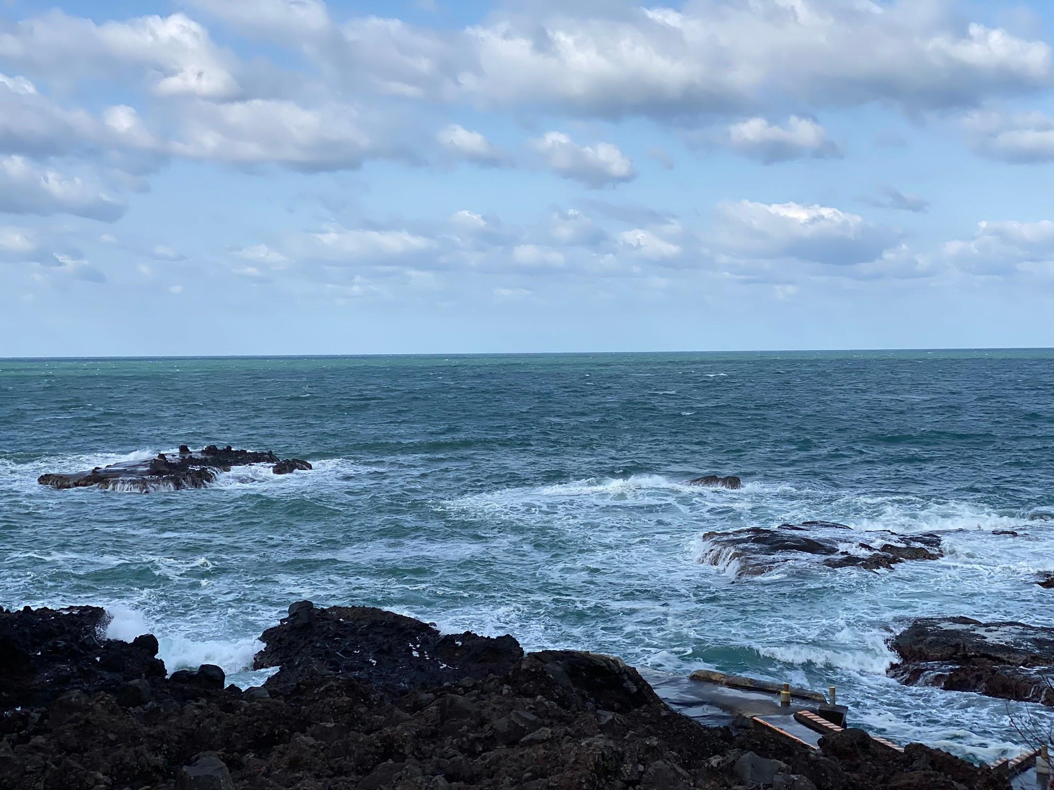 鷹巣売店周辺からの日本海