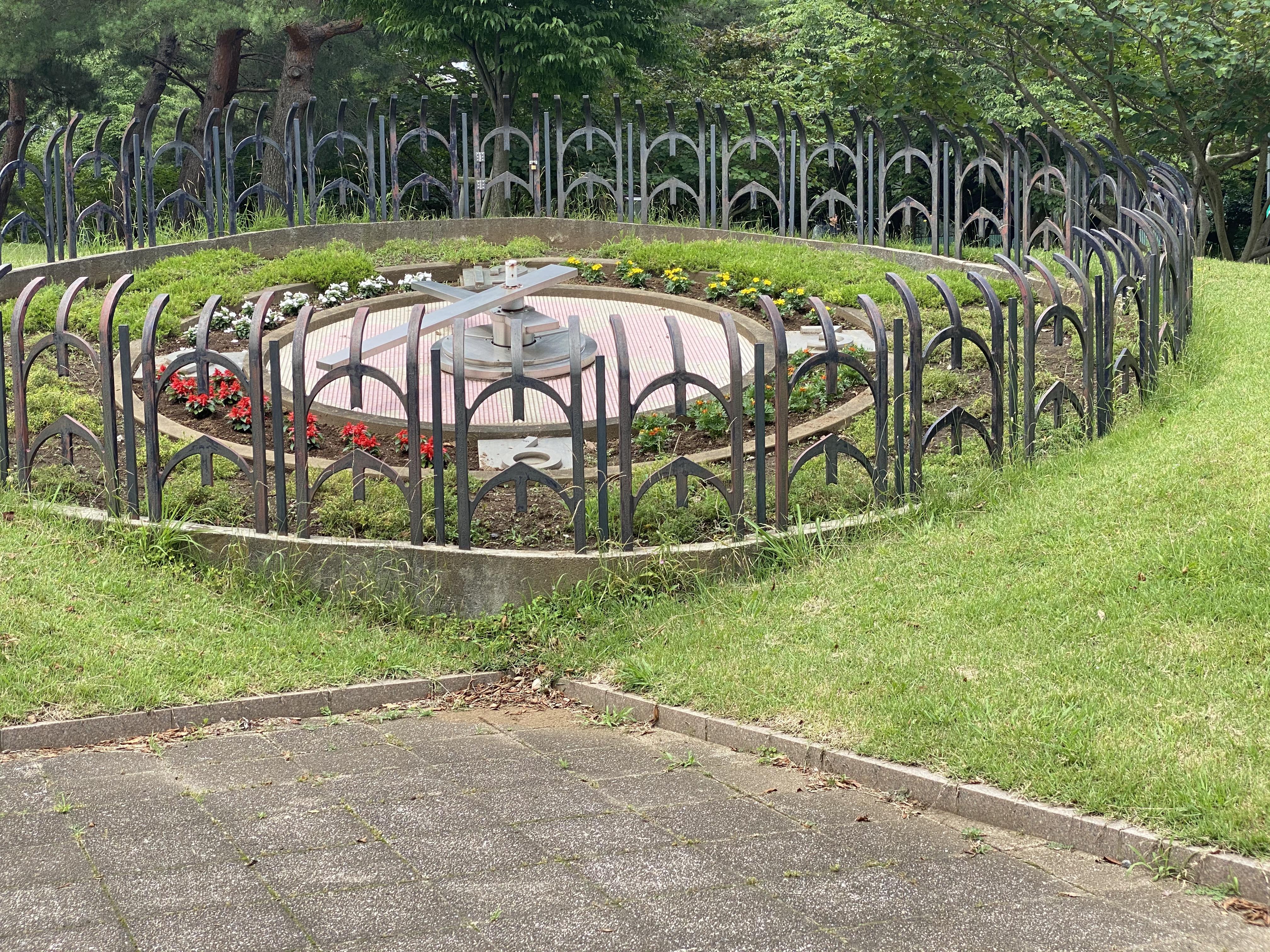 花時計(エントランス広場)